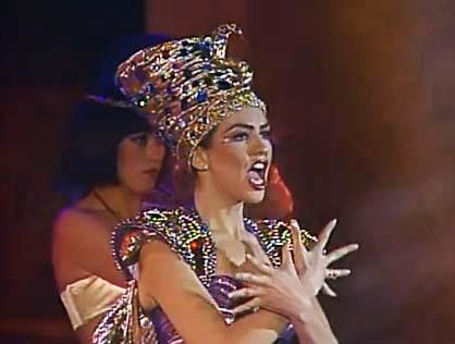 thalia_premios_tv_novelas_1992_love_nacional_la_castellana_1