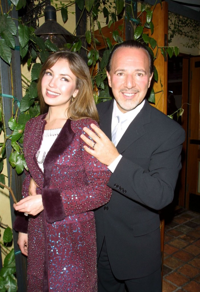 thalia_tommy_mottola_grammys_sony_private_party_february_2001_4