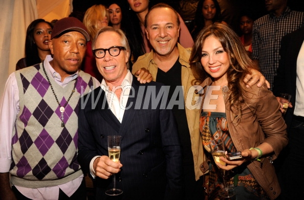 thalia_tommy_hilfiger_presents_2013_womens_collection_chelsea_new_york_septiembre_9_2012_12_russell_simmons