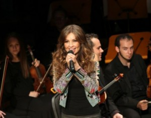 thalia_mi_musica_mi_herencia_pampers_evento_presentacion_miami_octubre_2012_3