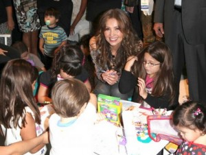 thalia_mi_musica_mi_herencia_pampers_evento_presentacion_miami_octubre_2012_6