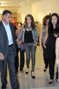thalia_mi_musica_mi_herencia_pampers_evento_presentacion_miami_octubre_2012_7
