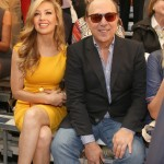 thalia_tommy_mottola_tommy_hilfiger_presents_spring_2014_womens_collection_pier_34_pasarela_septiembre_9_2013_4.jpg
