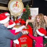 thalia_macys_make_believe_santa_glendale_los_angeles_galleria_diciembre_5_2013_27